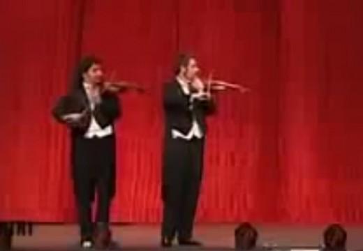 搞笑的莫札特小提琴協奏曲及卡農