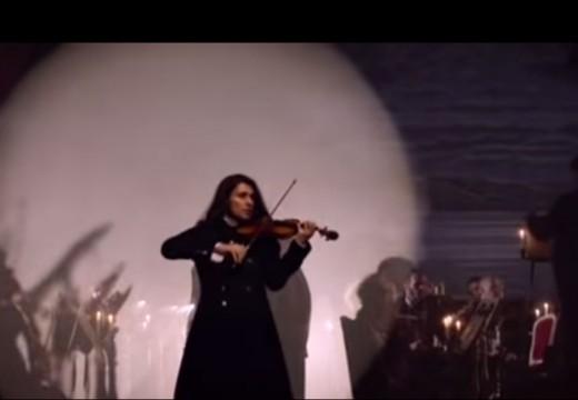 這是一個以小提琴讓無數女性瘋狂的概念