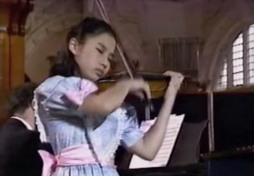 其實不需要大曲子,一首小品就能看出一個小孩拉琴的天賦了