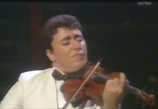 用小提琴奏出的無言歌