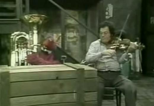 1980年在芝麻街帕爾曼演奏小步舞曲