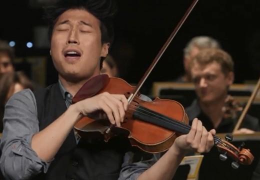 邊唱邊拉的小提琴安可曲