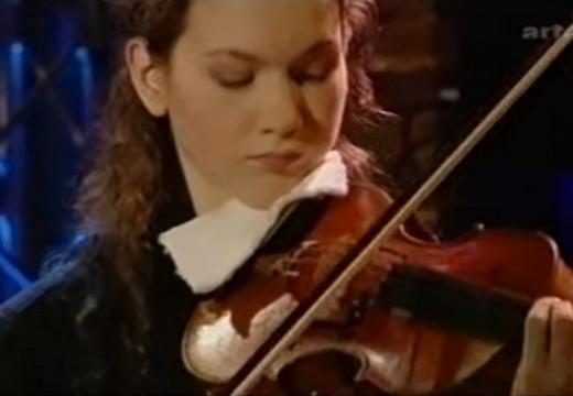 將小提琴無伴奏拉升至耀眼炫目境界的易沙意