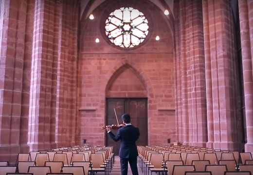 小提琴必拉曲目《巴哈 夏康舞曲》