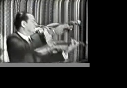 這樣的演奏,相信許多小提琴大師已經膜拜  傳奇! BARON BUIKA