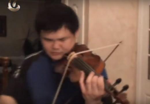瘋狂超技超妙!!!!  小提琴家  李傳韻