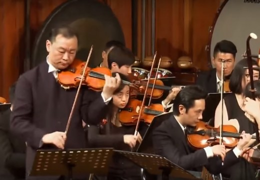 小提琴與二胡合體的「梁祝」 感動!!